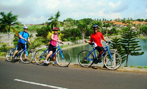 Cycling group in Bali